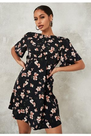Missguided Floral Print Flutter Sleeve Skater Dress