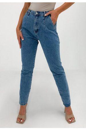 Missguided Light Wrath Pleat Detail Straight Leg Jeans
