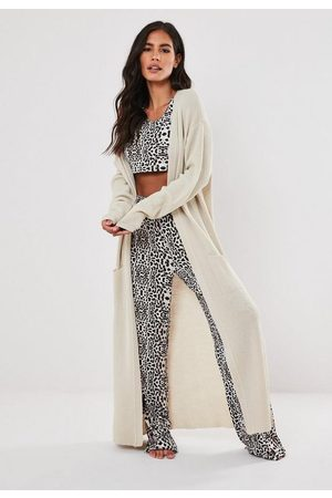 Missguided Petite Ivory Animal Print Pyjama Bottoms And Crop Top Set