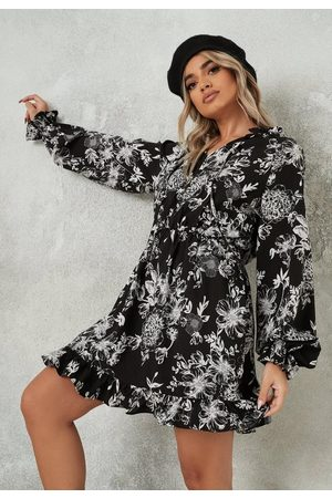 Missguided Floral Print High Neck Keyhole Dress
