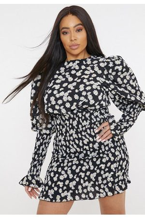 Missguided Plus Size Daisy Print Shirred Puff Sleeve Mini Dress