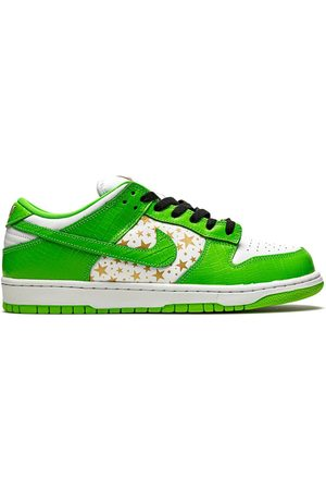 Nike SB Dunk Low sneakers