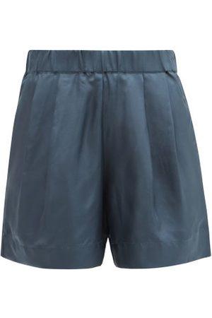 ASCENO Zurich Pleated Sandwashed-silk Shorts - Womens - Navy