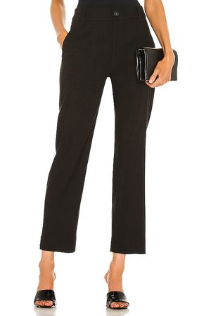 Vince Cropped Utility Pant in .
