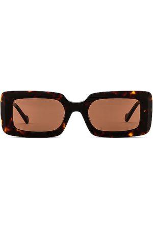 DEVON WINDSOR Havana Sunglasses in .
