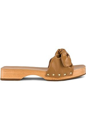 Raye Gardena Sandal in Tan.