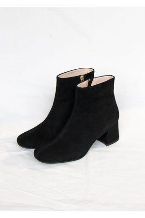 Portamento Molly Black Suede Ankle Boots