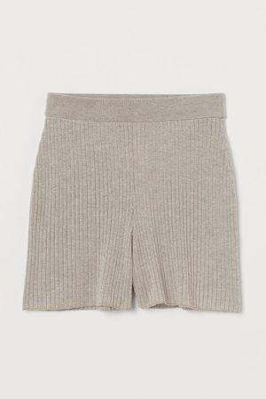 H&M Ribbed Shorts