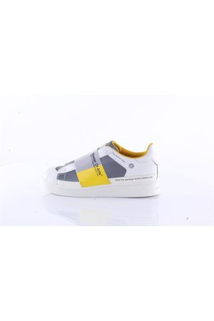 Moa Sneakers Slip on Men and yellow