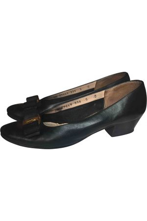 Salvatore Ferragamo VINTAGE Vara Leather Ballet flats for Women