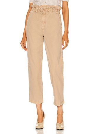 Mother Women The Yoyo Ruffle Greaser Ankle in Neutral