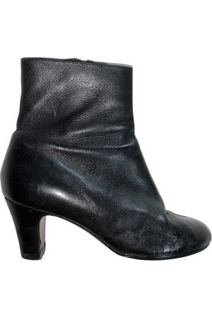 Christian Louboutin \N Leather Ankle boots for Women