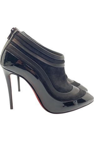 Christian Louboutin \N Patent leather Ankle boots for Women