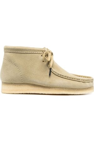Clarks Wallabee suede ankle boots - Neutrals