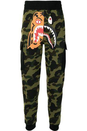 A Bathing Ape Men Sweatpants - Camouflage-print track pants