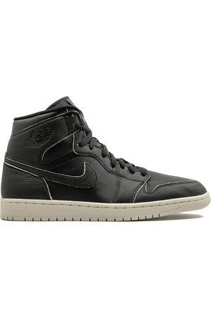 Jordan 1 Retro High sneakers