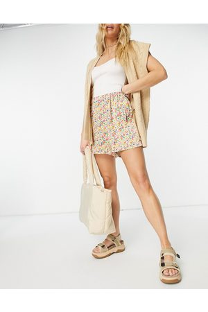 Ghost Lucy satin shorts in flirty floral print-Multi
