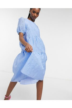 Y.A.S Embossed midi dress with tiered skirt and puff sleeves in blue-Blues