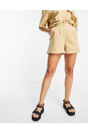 ASOS Chino short set in washed honey