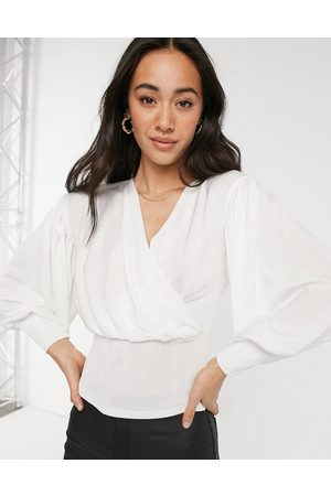 Closet Wrap blouse with volume sleeves in ivory
