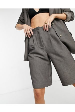 Y.A.S Tailored Bermuda shorts in dark - part of a set-Grey