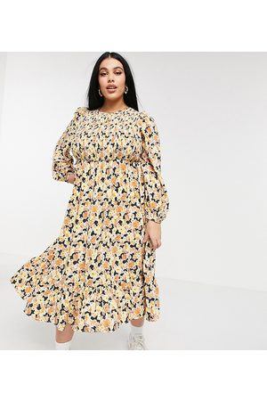 Fashion Union Midaxi dress with shirred bodice and tiered skirt in floral-Multi