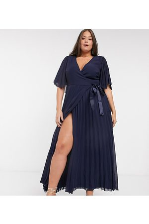 ASOS Curve exclusive maxi dress with kimono sleeve and tie waist in pleat-Blues
