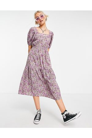 Influence Puff sleeve midi dress in lilac floral-Multi