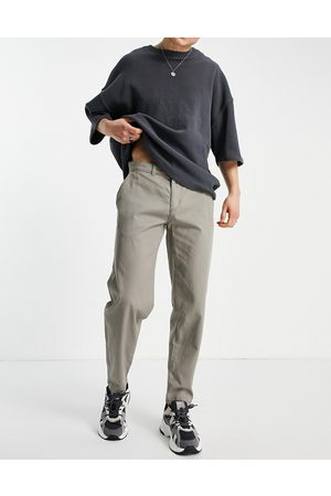 New Look Original fit chino pants in stone-Neutral