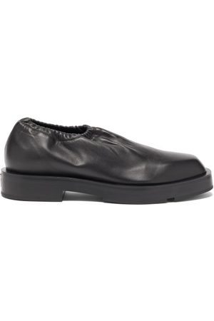 Givenchy - Logo-plaque Supple-leather Slip-on Shoes - Mens