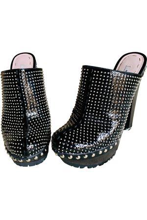 Miu Miu \N Patent leather Mules & Clogs for Women