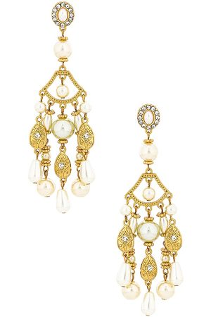 8 Other Reasons Pearl Statement Earring in Metallic .