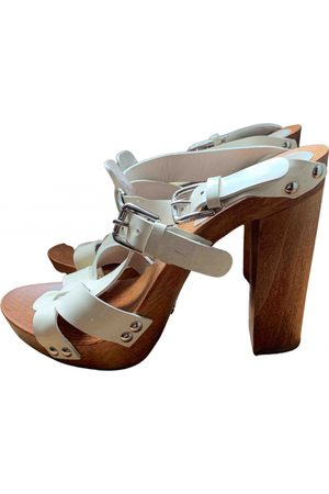 Dolce & Gabbana \N Patent leather Mules & Clogs for Women