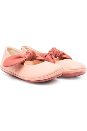 Camper Right bow front ballerina pumps