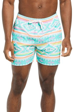 Chubbies Men's En Fuegos 5 1/2-Inch Swim Trunks