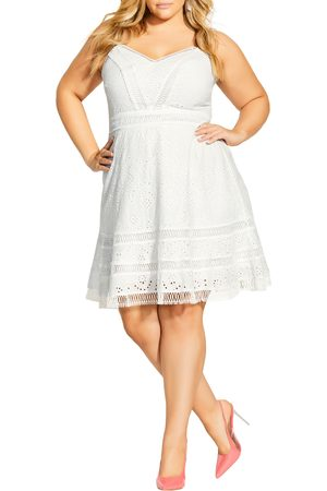 City Chic Plus Size Women's Fabricia Embroidered Cotton Minidress