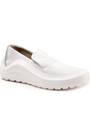 Bueno Women's Pali Slip-On Sneaker