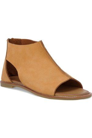 Inuovo Women's Ferna Cutout Sandal