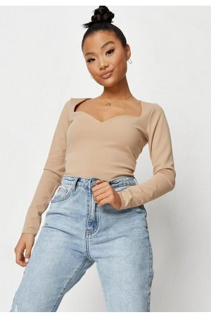 Missguided Petite Taupe Crepe Sweetheart Neck Bodysuit