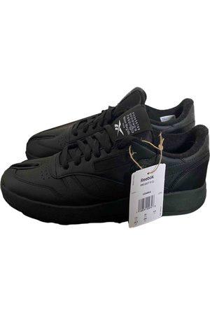 Maison Margiela X Reebok \N Leather Trainers for Men