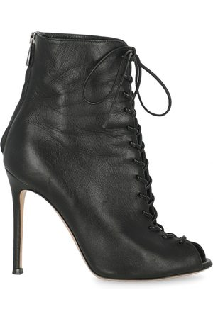 Gianvito Rossi \N Leather Ankle boots for Women