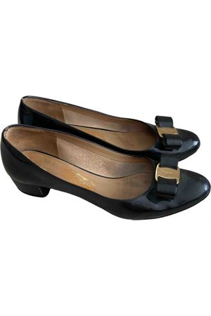 Salvatore Ferragamo \N Patent leather Ballet flats for Women