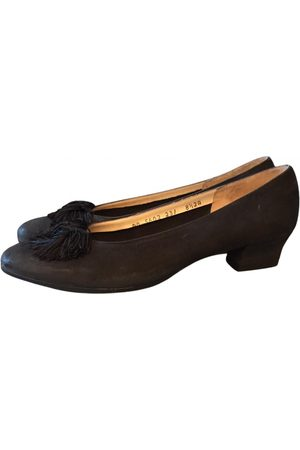 Salvatore Ferragamo \N Suede Ballet flats for Women