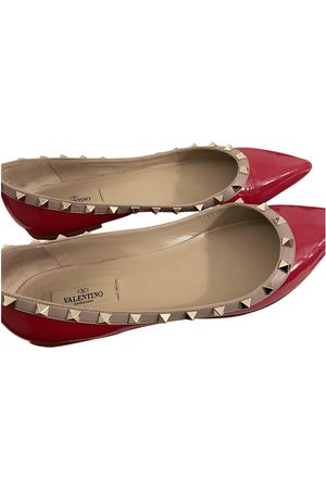 VALENTINO GARAVANI Rockstud Patent leather Ballet flats for Women