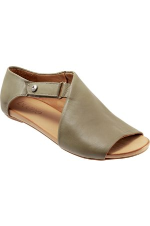 Bueno Women's Kale Sandal