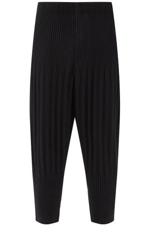 HOMME PLISSÉ ISSEY MIYAKE Technical-pleated Knit Cropped Trousers - Mens