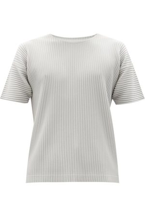HOMME PLISSÉ ISSEY MIYAKE Technical-pleated Knit T-shirt - Mens - Light Grey