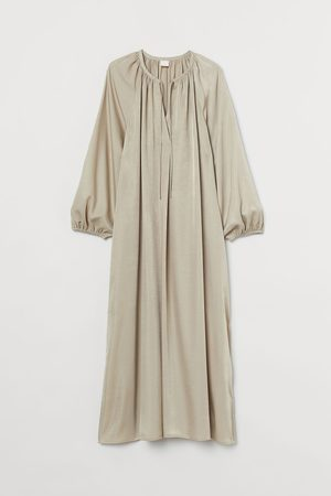 H&M Women Dresses - Calf-length Dress