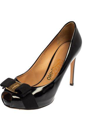 Salvatore Ferragamo Patent Leather Vara Bow Peep Toe Platform Pumps Size 36.5