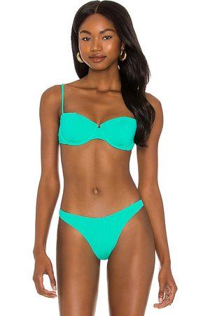 Vix Nissi Bikini Top in Green.